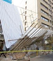 ریزش داربست ساختمان 7 طبقه